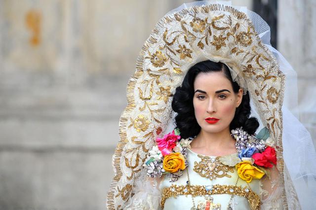 Dita Von Teese Wedding Dress 64 Fabulous