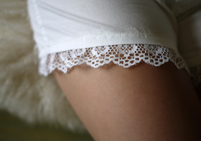 diy lace shorts � honestly wtf