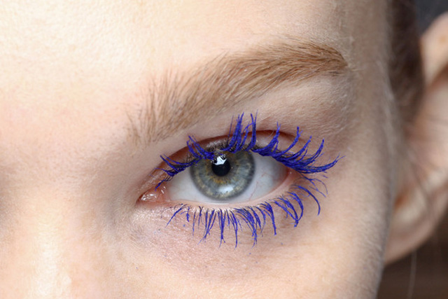 yves saint laurent blue mascara