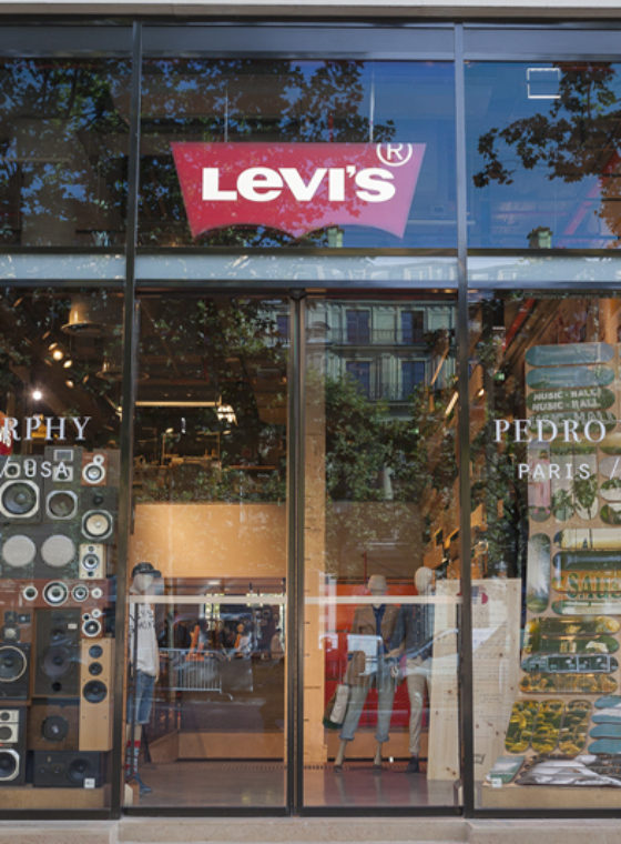 Levi's + Paris = Vive Les Friends
