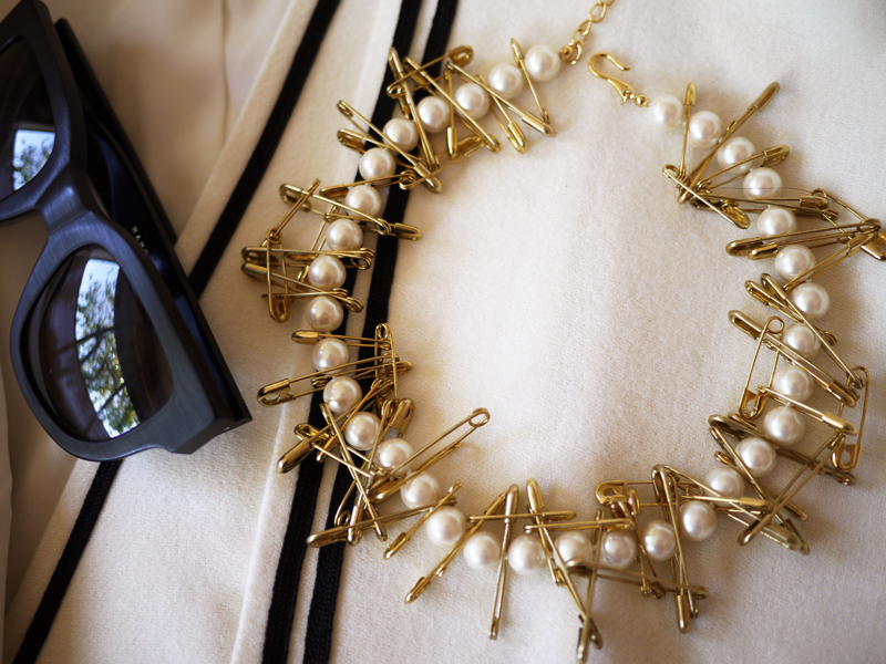 DIY Pearl & Safety Pin Necklace