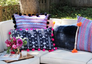 pompompillows16