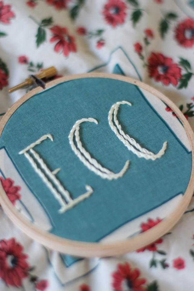 embroideredhankie13