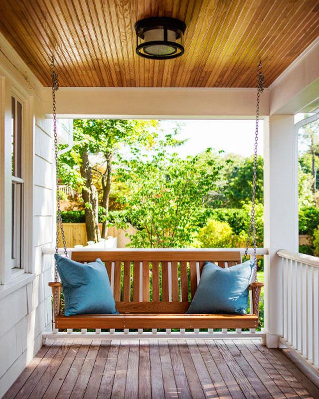 10 Farmhouse Porch Decor Ideas | Farmhouse Decor, Farmhouse Porch Decor, Farmhouse Porch Decor Ideas, Farmhouse Home Decor, Porch Decorating, Porch Ideas