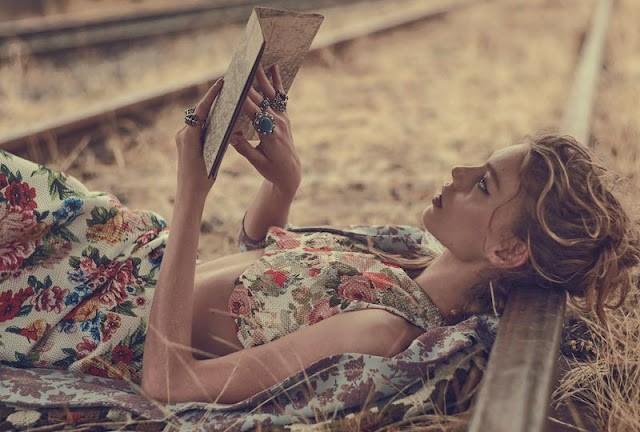 Vogue_Australia-March_2016-Ondria_Hardin-by-Will_Davidson-05