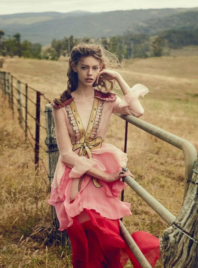 Vogue_Australia-March_2016-Ondria_Hardin-by-Will_Davidson-14