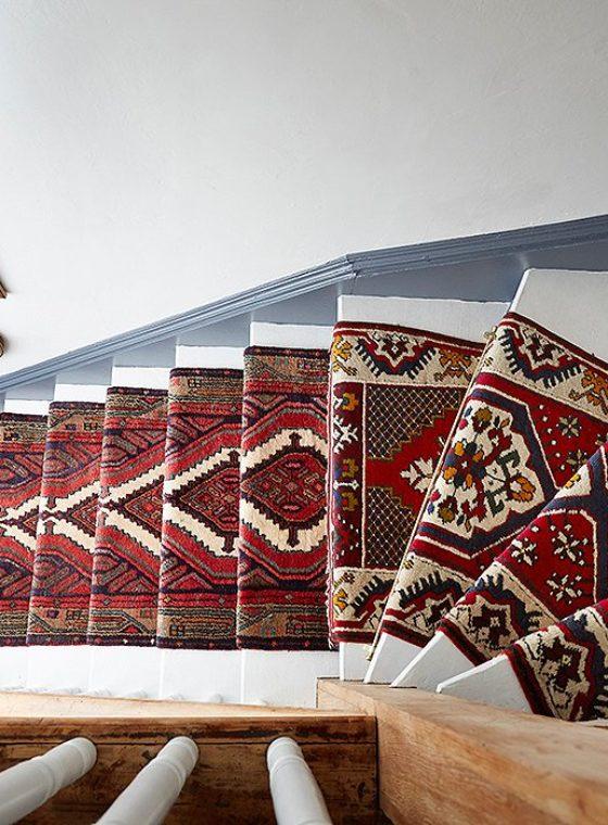 DIY Vintage Staircase Runner