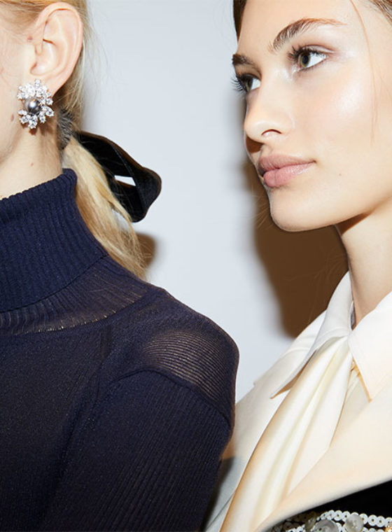 The Best Hair Accessory from NYFW Fall 2017: Black Velvet Ribbon