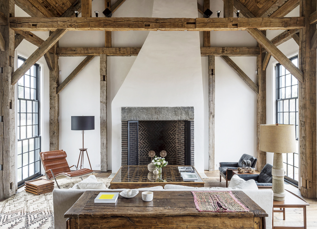 A lofty lovely farmhouse with rustic elegant decor to for Elegant farmhouse living room