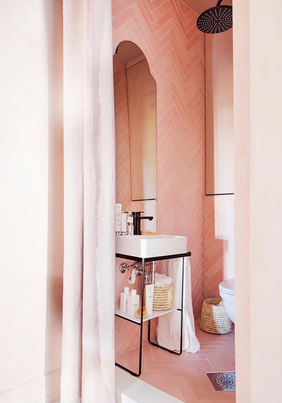 pinkbathroom7