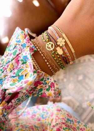 AGJ x HWTF: DIY Happy Daze Charm Bracelet